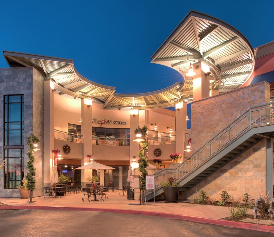 open roof shopping center
