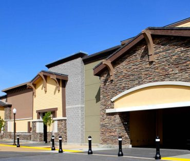 empty storefronts at napa junction
